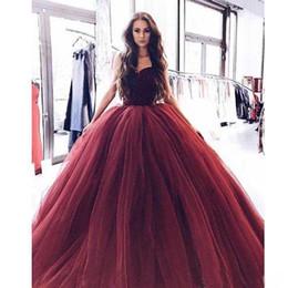 Princesa Borgonha Vestidos de Baile Vestidos de Noite Sweep Trem de Veludo Sem Encosto Tule Vestido de Festa Do Querido vestidos de fiesta de Fornecedores de peixe vestido imagens