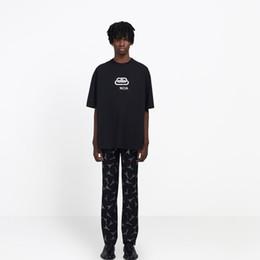 Lüks Kilit Yeni Logo Baskı Erkek Tasarımcı T Shirt Moda Sıcak Kısa Kollu Kadın Çift Siyah Beyaz Sarı Yuvarlak Boyun Tee HFSSTX168 nereden