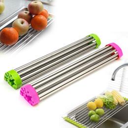 Рулонные стеллажи онлайн-Сверните вверх стойку для просушки тарелки складывая над раковиной универсальный сушильный шкаф дуршлаг складной лоток для слива раковины