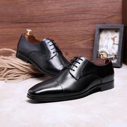 55568d798 Desai sapatos de couro genuíno dos homens de negócios ternos de couro  estilo britânico sapatos homens festa de casamento respirável eur tamanho  38-47 estilo ...