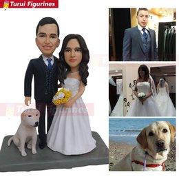 2019 personalizzare bambole Turui Figurines ooak Custom Wedding Cake Topper con iniziali di cane Cake Topper con portachiavi con portachiavi per matrimonio sconti personalizzare bambole