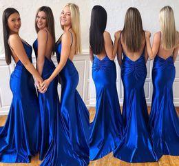 2019 vestidos abertos para trás para barato Sexy New Arrival Azul Royal Sereia Vestidos de Dama de Honra Barato Espaguete Aberto de Volta Convidado Do Casamento Vestido de Baile de Formatura Prom Vestido de Festa À Noite BM0917 desconto vestidos abertos para trás para barato