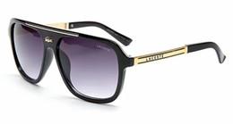 Praça dos homens óculos de Sol Do Vintage Lens Óculos Acessórios Masculinos Óculos De Sol Para Mulheres Dos Homens 2501 cheap men s sun glasses de Fornecedores de óculos de sol masculinos
