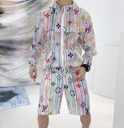 Wholesale El nuevo estilo popular de ss está lleno de una camiseta de manga larga con logotipo monográfico y un pantalón corto un material cómodo de alto grado W14