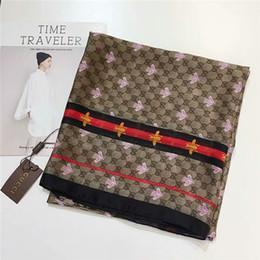robó estilo bufanda Rebajas Bufandas hermosas para las mujeres de la bufanda de las mujeres caliente carta clásico de flores regalos manera de la bufanda las bufandas de seda de la venta caliente