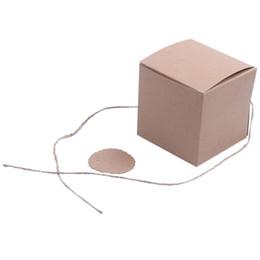 Süßigkeiten-etiketten online-100 stücke 7 cm Box mit dragees kraft + label + schnur süßigkeiten Box geschenk für hochzeit