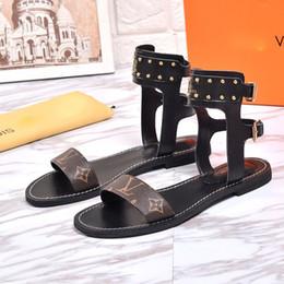 vestidos de látex de mujer Rebajas Diseñador de lujo sandalias de Espectáculo para caminar Superstar de verano marca de moda Zapatillas de playa Sandalias de mujer zapatos de vestir de tamaño us10