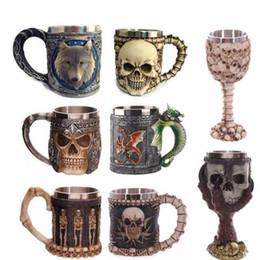 Taza taza del cráneo online-3d Skull Cup Knight Skeleton Bone Originalidad tridimensional Tazas de café Resina Acero inoxidable Vaso de agua Personalidad de bebida 29mm N1