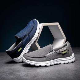Canada CcharmiX Toile Hommes Chaussures Denim Slip Sur Hommes Casual Chaussures 2019 D'été Confortable Hommes Mocassins Grande Taille 39-48 cheap mens summer canvas loafers Offre