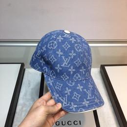 materiali di imballaggio dei monili Sconti 2020 Cap con scatola di imballaggio in pelle laterale Cappellino High-end confortevole Materiale Cap alta temperatura di stampa Hip Hop Jewelry Moda Hat