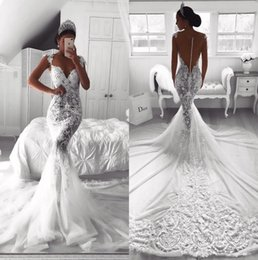 Unici più abiti da sposa di formato online-2019 Sexy White Lace Mermaid Abiti da sposa Plus Size Sheer Back Sweep Train Boho Beach Abiti da sposa Unique Robe De Mariage