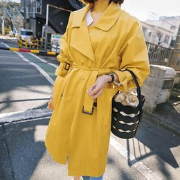 giallo trincea a molla Sconti 2019 Spring Fall Yellow Windbreaker Women New Fashion Trench Coat Girl Students Long Casual Trench Outwear Cappotto p1386