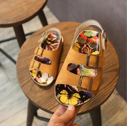 Sapatos pretos novo modelo on-line-Verão novas crianças sandálias meninos sapatos de praia 2019 estudantes esportivos grandes crianças casuais modelos bege marrom preto