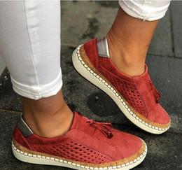 2020 donne di pantofole traspiranti Designer di lusso donne Espadrillas scarpe di moda fannulloni estate pattini casuali Mesh traspirante pistone della spiaggia sandali comodi nero diapositive donne di pantofole traspiranti economici