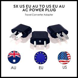 enchufe máximo Rebajas EEUU / UE de la UA de alimentación de CA del convertidor del enchufe de la UE Adaptador EE.UU. a Europea de plástico Negro convertidor del recorrido máximo de 2200W dos pasadores