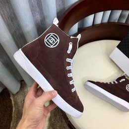 Zapatos de terciopelo marrón cordones online-Francia C @ haneI Nuevos zapatos para mujer Deportes con Origin Box Diseño de cordones de cuero genuino Plus Estilo de terciopelo Invierno Zapatillas de deporte Marrón 35--41
