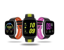Bluetooth ble online-GV68 Bluetooth Smart Watch Handgelenk BLE 4.0 IP68 wasserdicht IPS 1.22 Großbild-Fitness-Tracking-Uhr 2PCS
