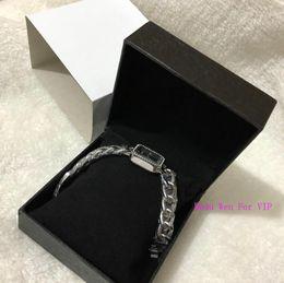C armbänder online-Neue Ankunft ~ klassische Art- und Weisefrauen-Armband-C-Uhr-Marken-Edelstahl-Luxusdame Wristwatch Classic Quartz Jewelry-Wölbungs-Parteigeschenk