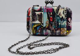 2019 saco de embreagem de lábios vermelhos atacado Desenhador-saco feminino por atacado na Europa e o verão 2016 novo shell mini bolsa de graffiti com bolsa de ombro único, saco de noite