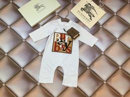 2019 diseños de moda mono Nuevo diseño de Baby Boy mamelucos manga corta mono a cuadros recién nacido ropa de escalada Boutique de algodón ropa para niños 0714 diseños de moda mono baratos