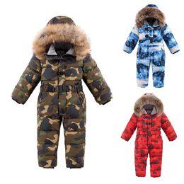 2019 cappotto di neve del neonato Bambini Down Jacket Bambini inverno tuta con pelliccia naturale bambino tuta delle ragazze dei ragazzi della neve Indossare tute con cappuccio Cappotti Parka sci sconti cappotto di neve del neonato