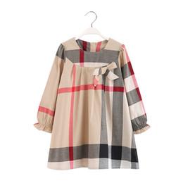 Wholesale 2019 moda de buena calidad Ruffle girls vestido de cuello blanco primavera niños ropa de manga larga occidental niñas boutique de ropa