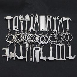 Herramientas de llavero gadgets online-Llavero portátil titular Mini herramienta de la llave Axe Tenedor Alicates Gadget forme la personalidad creativa del arte del regalo Llavero 22 estilos ZZA943