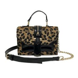 малые лакированные кошельки Скидка Сумки через плечо с леопардовым принтом для женщин с застежкой-молнией