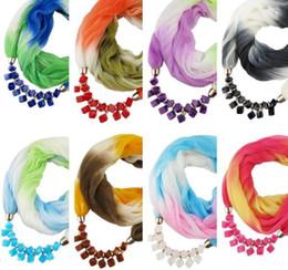 2019 encantos cuadrados de tela Colgantes de moda bufandas para las mujeres gradiente de color cuello cuello anillo moda collar bufandas de resina con cuentas pañuelo para el cuello
