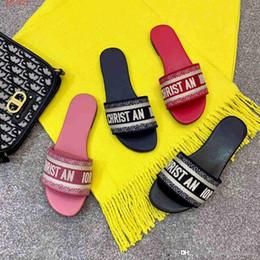 Marcas rosadas online-Nueva alta calidad zapatillas para dama, marca, proveedor, personalización original, zapatos de cuero genuino para mujer Zapatos perezosos