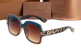 cintura di marca per gli uomini Sconti Uomo e occhiali da sole di marca delle donne, occhiali di fascia alta, di marca vetro, occhiali da donna, optional di alta qualità box cintura occhiali 0086 Q1