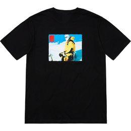 T shirt schnee online-18fw BOX LOGO Foto T-Shirt Skifahren Schnee Brief Gedruckt Lässige Einfache T-shirt Mode Straße Skateboard Sommer Kurze Ärmel HFTTTX014
