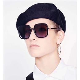 d bicchieri da cornice Sconti Occhiali da sole firmati Occhiali da sole da donna con montatura grande quadrato D Occhiali da sole da uomo per uomo No Logo 7 Colori all'ingrosso