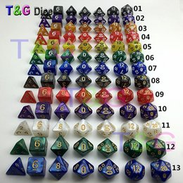 2019 jogos de xadrez madeira Atacado-7Pcs / Set Resina Polyhedral TRPG Jogos para Dungeons Dragons Opaque D4-D20 Multi Sides Dados Pop para jogo Gaming dados dice brinquedo dados