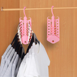 raumhemden Rabatt Faltbare Save Space Kleiderständer Multifunktionale Magie Kleiderständer Home Kleiderschrank Multi-Layer 360-Grad-Rotation Kleiderbügel VT1566