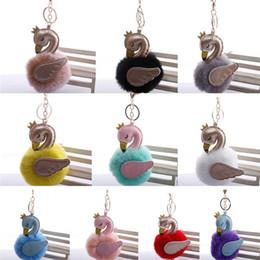 Wholesale Großhandel Flauschige Metalllegierung Nizza Swan Pom Keychain Anhänger Nette Pompom Künstliche Kaninchenfell Ball Schlüsselanhänger Tasche Autoschlüssel Ring Fall Tasche