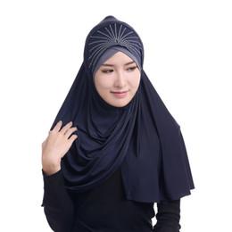 Sombrero de las mujeres islámicas online-Las mujeres musulmanes bufandas cubierta completa de los musulmanes interior Hijab las tapas de desgaste islámico cabeza del turbante sombreros de moda islámica underscarf caliente