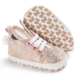313da4b61 Mais novo Recém-nascidos Da Criança Infantil Caçoa a Menina Do Menino  Sapatilha Macia Orelhas de Coelho Sapatos de Bebê Da Criança Botas de  Coelho Bonito ...