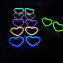 Juguetes fluorescentes online-6 estilos Corazón gafas fluorescentes Palos de luz de Navidad concierto resplandor apoyos niños juguetes fluorescentes Favor de la fiesta suministros de decoración FFA2163