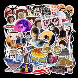Laptops crianças on-line-50 pçs / set coisas estranhas temporada 3 graffiti adesivo diy crianças laptop skate skate suitcase adesivos à prova d 'água decor ffa2818