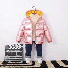 Giacche satinate online-Inverno caldo il neonato Snowsuit cappotto incappucciato raso bambini anatra Piumino corto impermeabile Zipper bambini di abbigliamento outdoor 3-10T