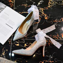 Crystal Chaussures Etiquette Talons Hauts 7cm 9cm Argent Rouge Pompes Pointu Toe Mariée Chaussures De Mariage Diamant Demoiselles D'honneur Banquet ? partir de fabricateur