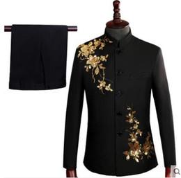 La tunica nera si adatta agli uomini online-vestito giacca sportiva degli uomini paillettes set con pantaloni da uomo fase di nozze cinesi cantante costume abito tunica abito formale nero ricamato Coro