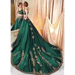 grüne indische promkleider Rabatt Indian Abaya Green 2 Stück Abendkleider mit Gold Spitze Applique Prom Kleider Sexy Saudi Arabisch Perlen Kaftan Kleid Abendgarderobe