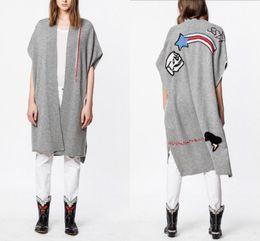 2019 cappotto di poncho grigio Spalla GREY INDIANA BIS CACHEMIRE PONCHO CARDIGAN CRANIO Stelle ricamato goccia maniche corte Cape Coat maglieria asimmetrica sconti cappotto di poncho grigio