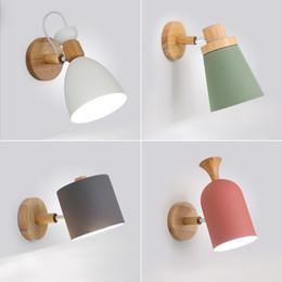 Apliques de pared de vanidad online-Diseño nórdico Led Lámpara de pared para interiores Lámpara de metal Pantalla de madera Pasillo de noche Vanidad Luz Luminaria Aplique de pared Casa Habitación Deco Lámparas-I38