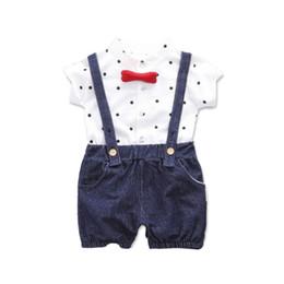 baby boy одежда полька точка Скидка Детская одежда Summer Baby Boys с коротким рукавом с принтом в горошек Рубашки + шорты для ремня Повседневные наряды Устанавливает New