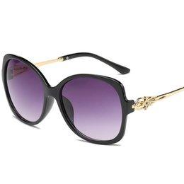 Óculos de pentagrama on-line-Moda Mulheres Temperamento Óculos De Sol Oco Design Óculos de Sol Óculos Anti-UV Óculos Pentagrama Óculos de Sol Óculos Um ++