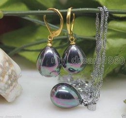 Conchas de mar perlas online-Joyas naturales Set de regalo para mujer 12X16mm Rainbow Black South Sea Shell Collar de perlas Colgantes Pendientes Set gancho de plata