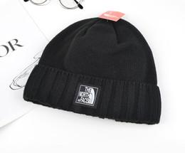 Sombrero sexy online-Diseñador Beanie Sexy Pornhub Bordado de punto acrílico Sombreros de invierno Adultos Hombres Mujeres Calentador de cabeza Hombre Mujer Gorro de nieve6